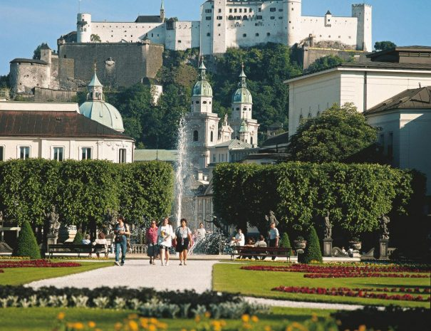 at-2-mozarts-salzburg-hd-l-1000x1000-1.jpeg