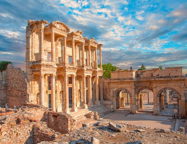 celsus-library-in-ephesus.jpg
